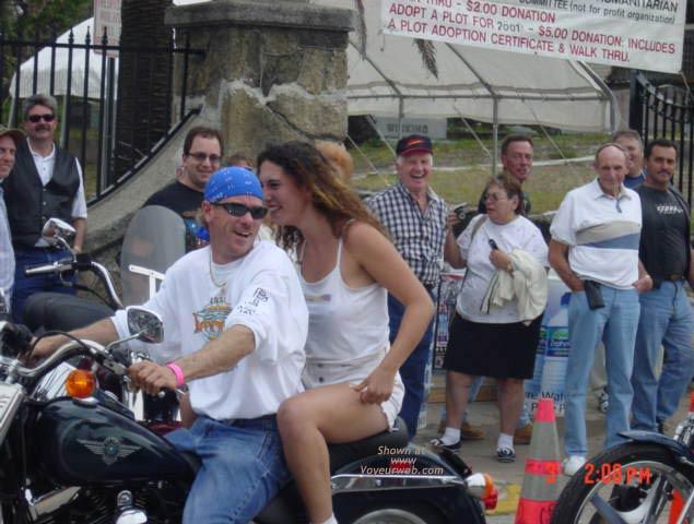 Pic #9 - Daytona Beach Bike Week 2002 II