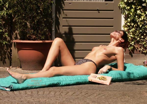 Pic #5 - Little Pea Sunbathing