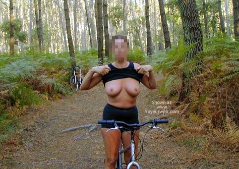 Pic #2 - Tina On A Bike, Tina A Velo