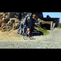 Tina On A Bike, Tina A Velo