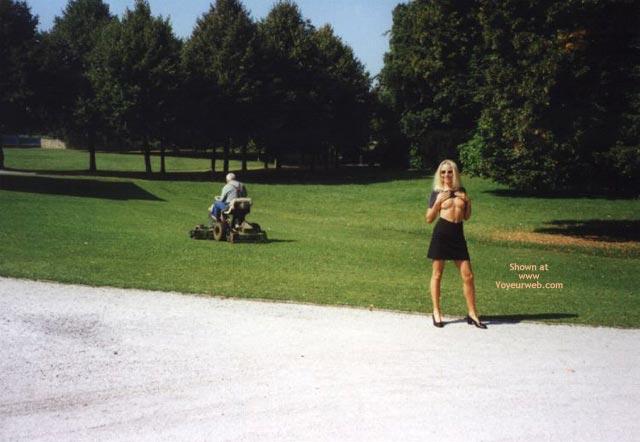 Pic #6 - Nikki In Public