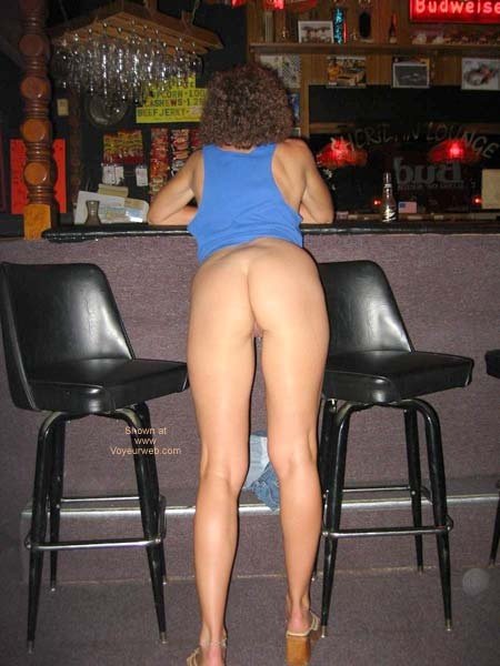 Pic #2 - Sexy Amber at Local Tavern