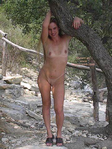 Pic #4 - Amber Visits Hippie Hollow