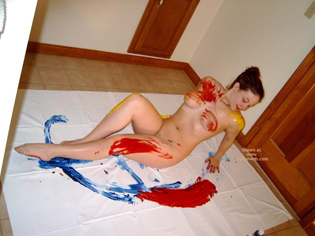 Pic #2 - Jenn, 18yo Fun With Bodypaint!