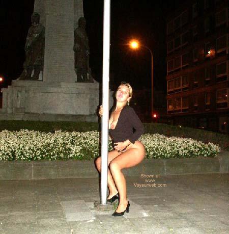 Pic #3 - Gabriela Pole Dancing