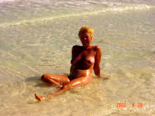 Pic #4 - Nicma37 at The Beach!