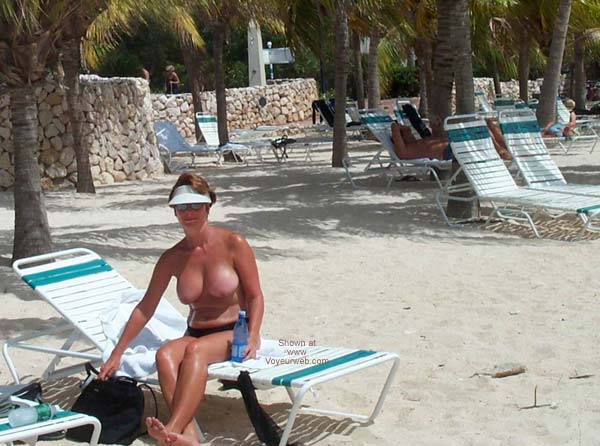 Pic #1 - Renee on Vacation From P&P