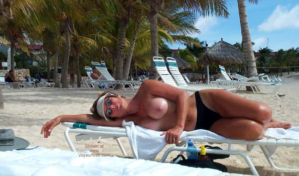 Pic #4 - Renee on Vacation From P&P