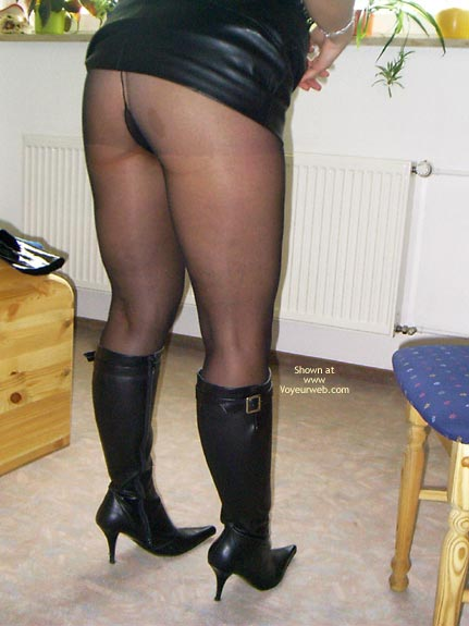 Pic #1 - *Ny Meine Frau In Boots, High Heels Und Stockings