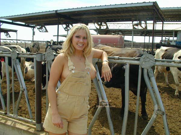 Pic #7 - Farmers Daughter 2