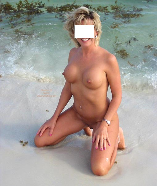 "Pic #5 - Classy Wife ""Bare on The Beach"""