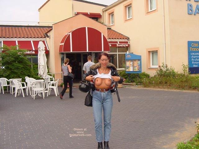 Pic #6 - Monique in France