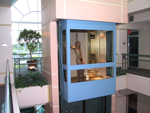 Pic #2 - The Beautiful Woman in a Glass Elevator