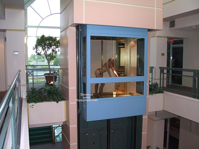 Pic #3 - The Beautiful Woman in a Glass Elevator