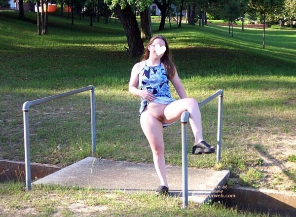 Pic #6 - Stephanie at The Park II