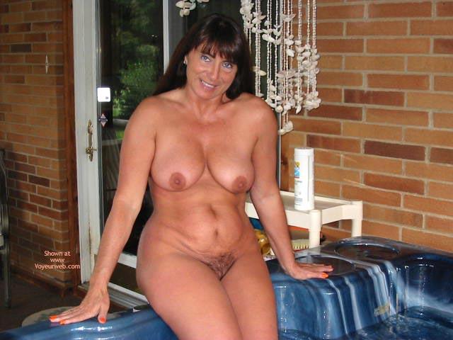 Pic #7 - Victoria'S Hot Hot Tub