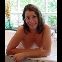 Erica's Bathtime