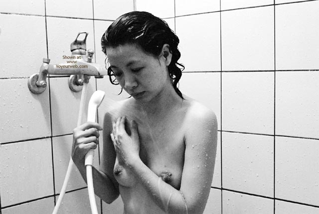 Pic #4 - Taiwan Shower Black And White