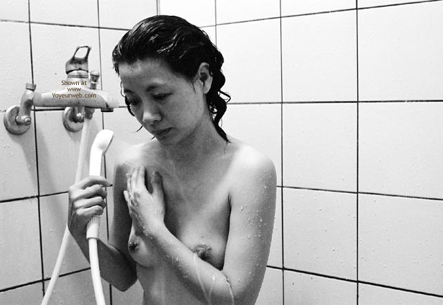 Pic #6 - Taiwan Shower Black And White