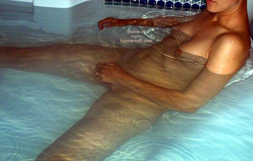 Pic #2 - Girlfriend in Jacuzzi