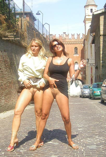 Pic #3 - Vaness Nude In The Medieval Town
