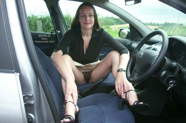 Pic #1 - UK Jo in The Car