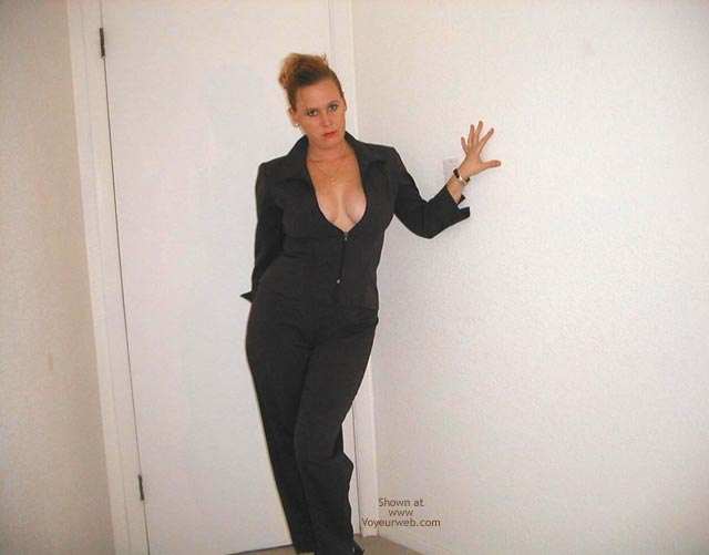 Pic #5 - Sexy Business Wife