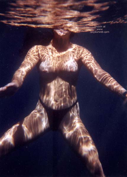 Pic #3 - Lani Nude in Public, Skin Diving 2