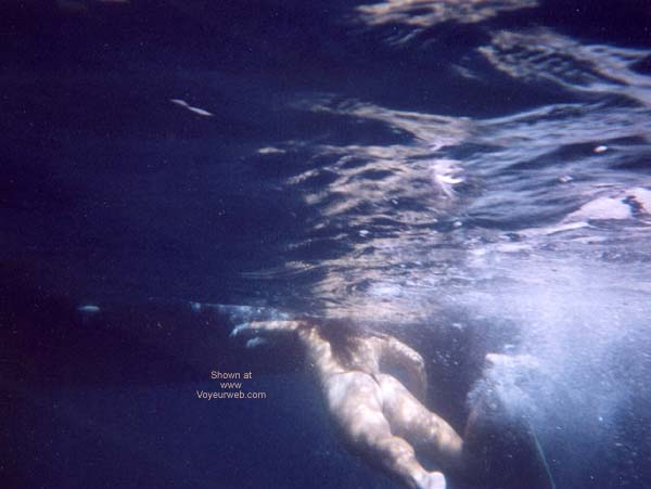 Pic #5 - Lani Nude in Public, Skin Diving 2