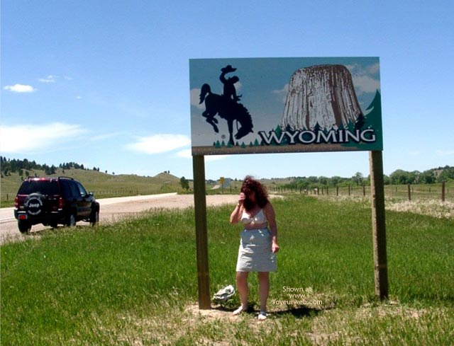 Pic #5 - Misti - Leaving South Dakota Entering Wyoming