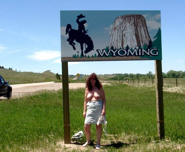 Pic #6 - Misti - Leaving South Dakota Entering Wyoming