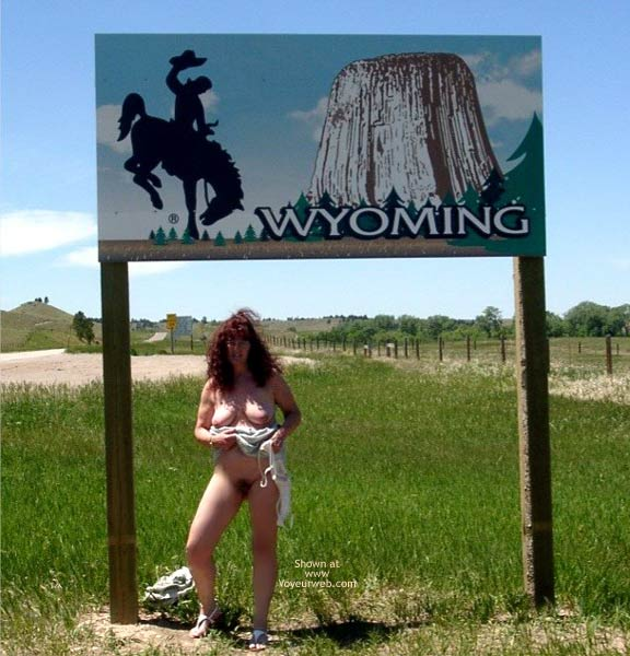 Pic #7 - Misti - Leaving South Dakota Entering Wyoming