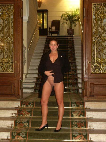 Pic #4 - Gabriela in SAS Hotel Vienna