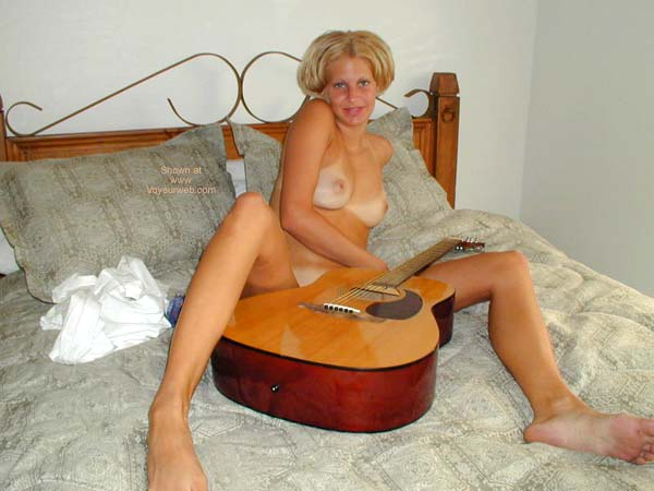 Pic #7 - Naked Guitar Lessons