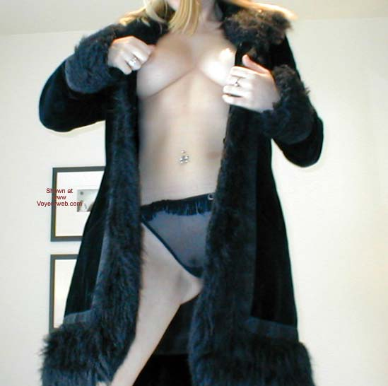 Pic #4 - Candy'sPussy in Boots