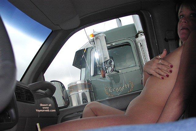 Pic #9 - Flashingal'S New Truck Flashing Adventure