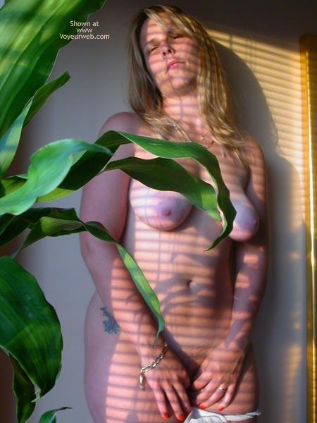 Pic #4 - Mac Girl Window Light