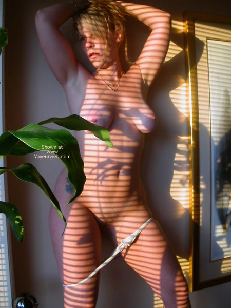 Pic #5 - Mac Girl Window Light