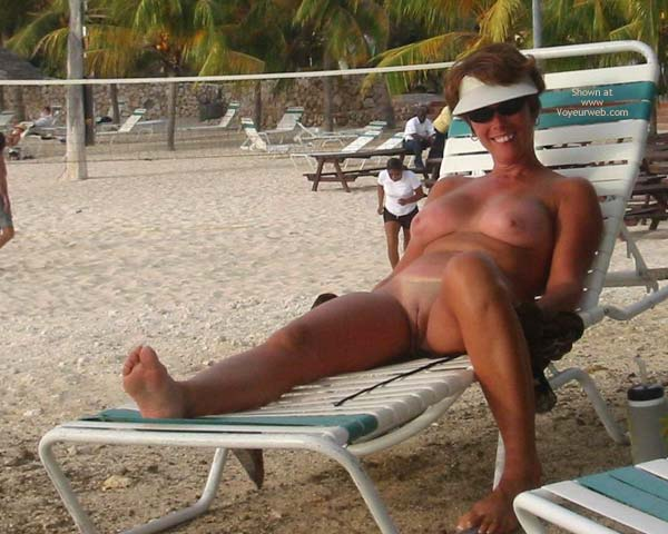 Pic #6 - Renee Naked On Not-A-Nude Beach
