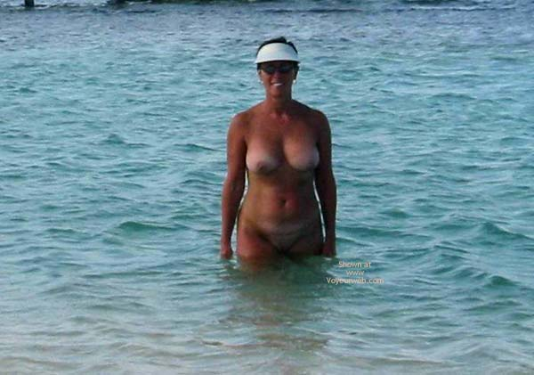 Pic #7 - Renee Naked On Not-A-Nude Beach