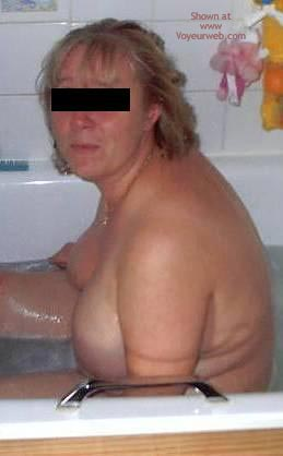 Pic #3 - Wife, Bath Time