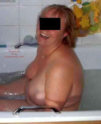 Pic #4 - Wife, Bath Time
