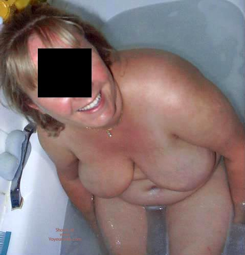 Pic #5 - Wife, Bath Time