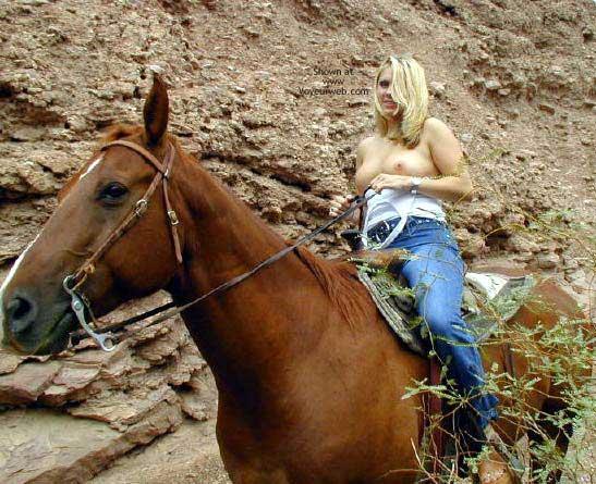Pic #4 - Naked Horseback Riding