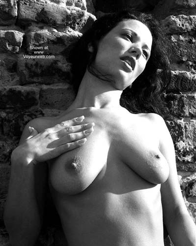 Pic #7 - Sexy Angelina - B&W Outdoors 2