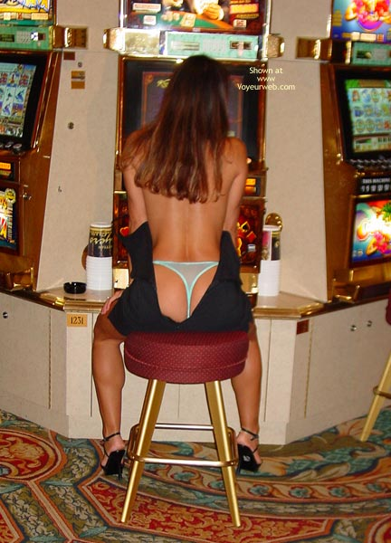 Pic #7 - Michele More Flashing In Vegas