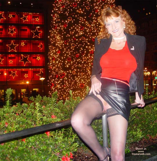 Pic #5 - Sandy Redhead Hot Pussy Cold Night In S.F