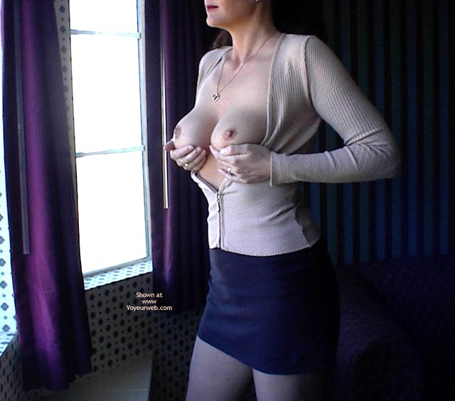 Pic #1 - Hand Bra Next To Window , Hand Bra Next To Window, Circular Areola, Executive Lady, Round Mounds