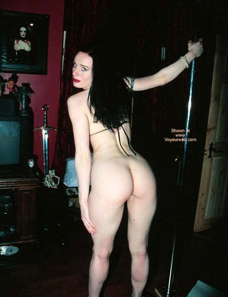 Pic #3 - Hot London Gothic Girl