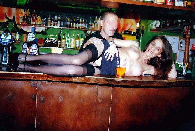 Pic #4 - Angela al Pub